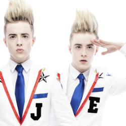 X-Factorista ja Euroviisuista pinnalle noussut Jedward saapuu Suomeen
