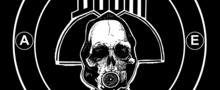 Crust punk -legenda Doom (UK) Puntalaan