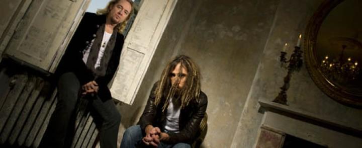 Iron Maiden -kitaristin uusi bändi kuulostaa lähinnä Rage Against the Machinelta