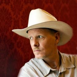 Swans-vokalisti Michael Gira Folks-festareiden pääesiintyjäksi
