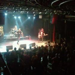 """""""Ukki, mitä oli Hoo Cee?"""" – Terveet Kädet, J.M.K.E., Riistetyt ja Appendix -albumiklassikot goes hardcore Nosturilla 3.3.2012"""