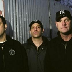 Unsanen järeää noise rock -kovistelua ensi kertaa Suomessa