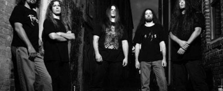 Cannibal Corpse ja Devildriver minirundille Suomeen
