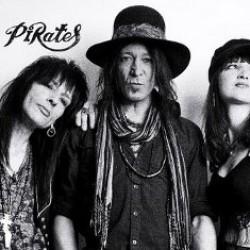 70-luvun tummaa rokkia vääntävä Tango Pirates minirundille Suomeen