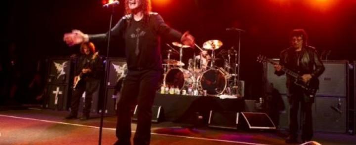 Black Sabbath – God Is Dead! Legenda nauhoittaa paluualbuminsa sessioissa 15 biisiä