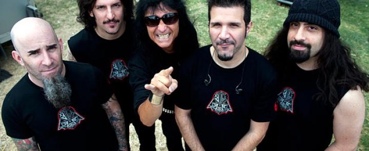 Shadows Fall-kitaristilla täydennetty Anthrax työstää rock-klassikko-EP:tä ja soittaa Among The Living-albumin livenä