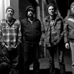 Built to Spill ensivisiitille Suomeen