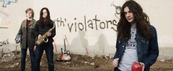Kurt Vile & The Violators palaa Suomeen