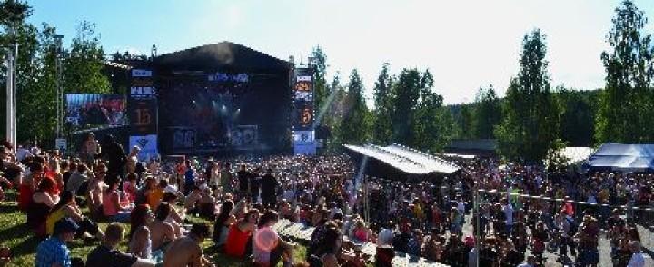 Juhannus Himoksella – aurinkoista suomipopin juhlaa
