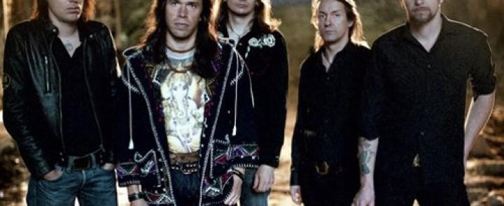 Flaming Sideburns tähdittää Bama Lama Lu Parteen täysikäistymistä, bändi jää pitkälle tauolle keikan jälkeen