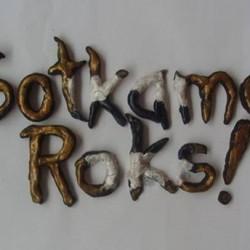Sotkamo Roks! : 50-tuntinen äänitekokoelma tuo kainuulaispaikkakunnan vaihtoehtomusiikkikulttuurin ja harvinaisuudet laajemman yleisön ulottuville