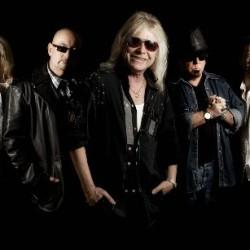 Brittiläinen hard rock -veteraani Magnum saapuu Suomeen uuden albumin voimin