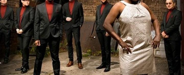 Soul-laulaja Sharon Jones saapuu bändeineen Suomeen