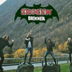 Metsät palamaan – Skogen Brinner saapuu Suomeen