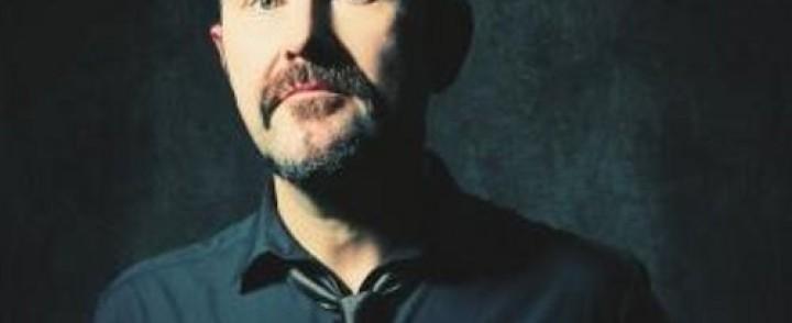 Therapy?:n vokalisti Andy Cairns tarjoilee bändin materiaalia akustisesti minirundilla