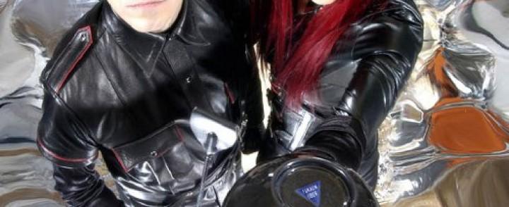 Industrial metal -duo Hanzel und Gretyl saapuu Suomeen