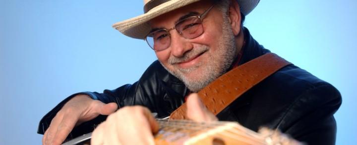 Nelinkertainen maailman paras blueskitaristi saapuu minirundille Suomeen