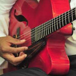 Kitarasankareille tarjolla karkkia – The Guitar Conference saapuu Kultsalle