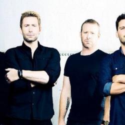 Kaikkien dissattavien bändien äiti Nickelback saapuu Suomeen