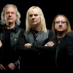 Hardrockin legendat Uriah Heep ja Nazareth yhteiskeikoille Hämeenlinnaan ja Seinäjoelle