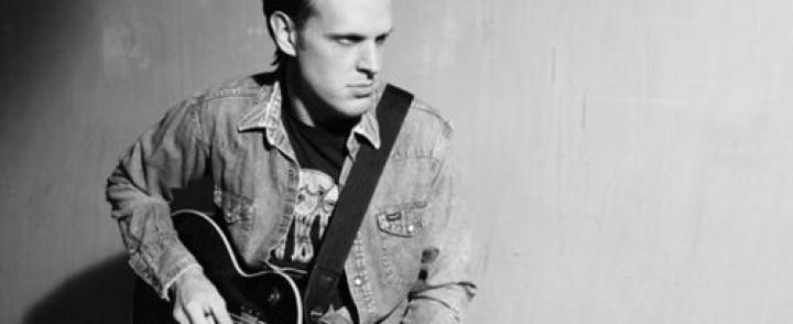 Blues-kitarasankari Joe Bonamassa saapuu Hartwall Areenalle