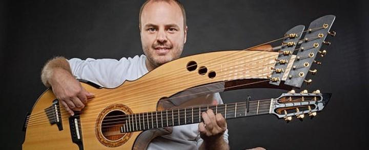 Kitaravirtuoosi Andy McKee saapuu Savoyhin