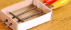 Kuinka rakentaa mikrofoni tulitikkuaskista ja lyijykynästä