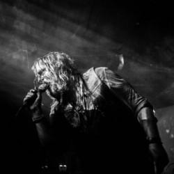 Sourvein joutui perumaan Blowup-festivalin esiintymisensä, korvaajana ruotsalainen Trepaneringsritualen