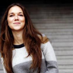 Ruotsalainen Melissa Horn kiertää Suomea keväällä