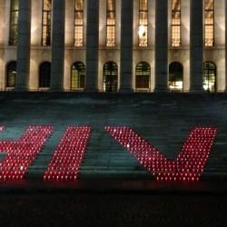 Pertti käyttää kondomia ja PKN tukee Maailman aids-päivää