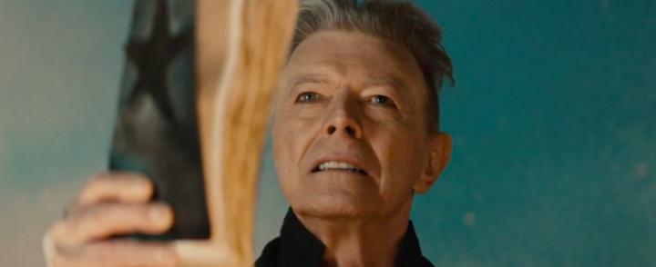 David Bowie poistui tyylikkäästi