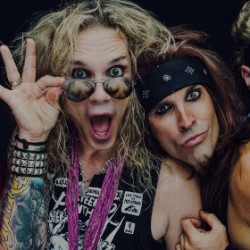 Death to all but metal – Steel Panther palaa Tampereelle ja Helsinkiin