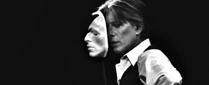 Bowie-tribuuttia Logomoon ja Kultsalle