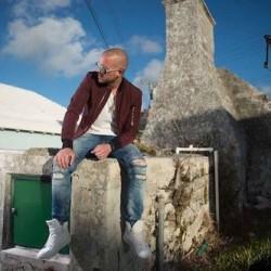 Collie Buddz tarjoilee reggaeta Korjaamolla