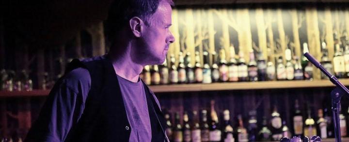 Jari Heino – All Around -muusikko keikoilla ja studiossa