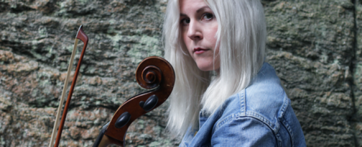 Laulaja-lauluntekijä Linnea Olsson saapuu G Livelabille helmikuussa