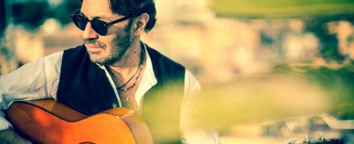 Jazz-kitarasuuruus Al Di Meola Helsinkiin marraskuussa
