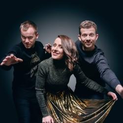 Virolainen folkyhtye Trad.Attack! Suomeen marraskuussa!