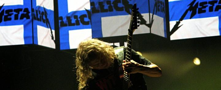 Metallica nautiskeli ennätysyleisön ympäröimänä Helsingissä – Edes Mike Monroe ei onnistunut pilaamaan iltaa
