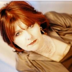 Maggie Reillyn marraskuun konsertti siirtyy ensi vuoteen