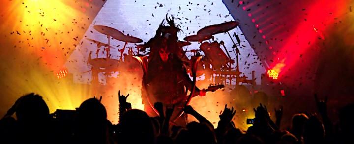Keikkaraportti: Behemoth ei antanut armoa, At the Gatesin ilta ei mennyt ihan putkeen