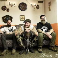 Alt-country/bluegrass -artisti Jayke Orvis ensi kertaa soolona Suomeen