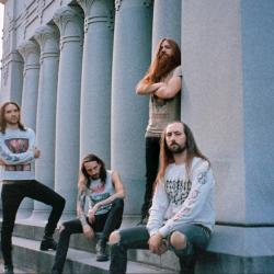 Death metal -yhtye Blood Incantation  kahdelle Suomi-keikalle kesäkuussa
