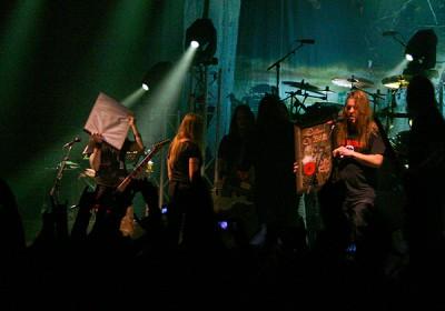 Children Of Bodomille myönnettiin kultalevyt Relentless, Reckless Forever -pitkäsoitosta
