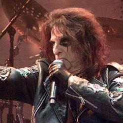 Alice Cooper, Hartwall Arena, Helsinki, Finland, 18.11.2015. Photo: Olli Koikkalainen
